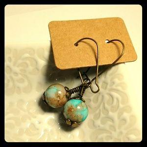 😍❤Vintage glass bead earrings faux turquoise look